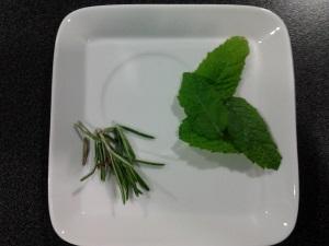 rozemarijn munt thee