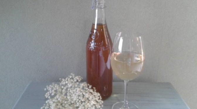 Koken met ingrediënten uit de tuin: vlierbloesem voor in al je dranken