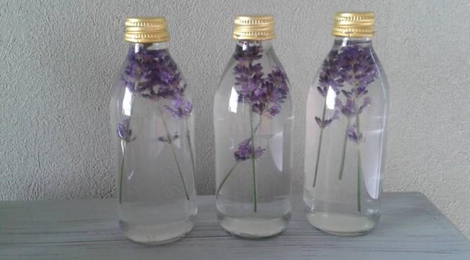 Vet haar of schilfertjes? Lavendel kan je helpen!