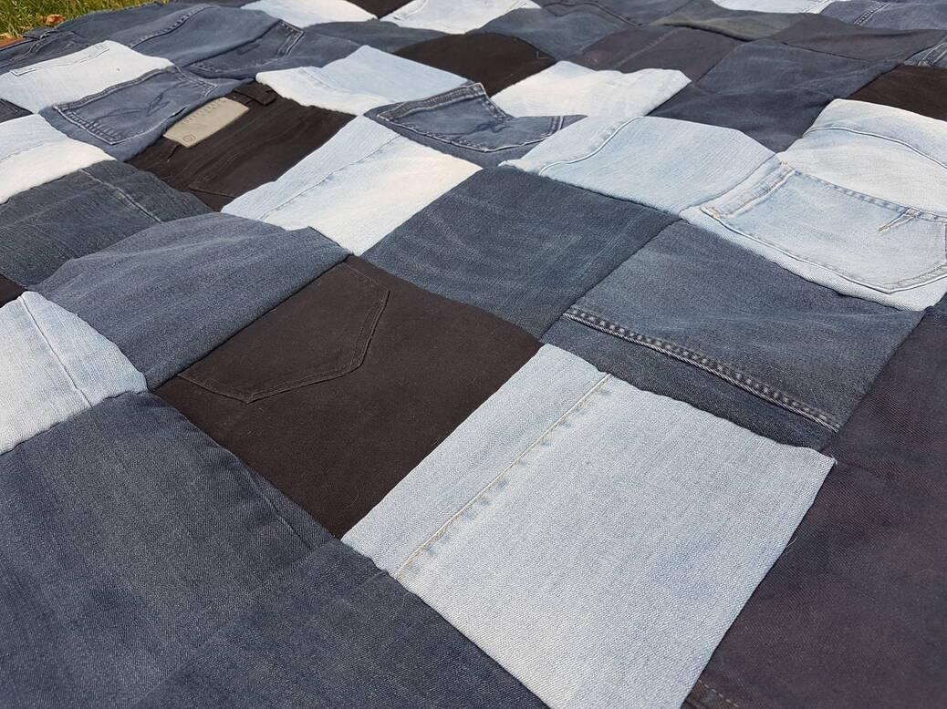 DIY upcyclen: oude jeans worden lappendeken
